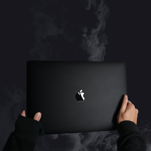BLVCK MACBOOK SKIN [BLVCK PARIS] マックブックスキン