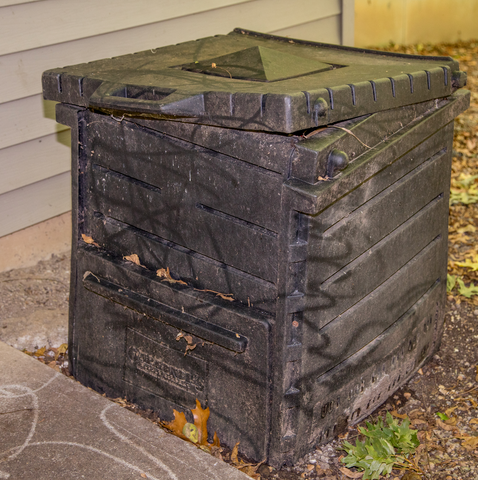 static compost bin example
