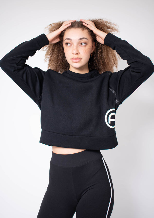 Cropped Training Top - Black