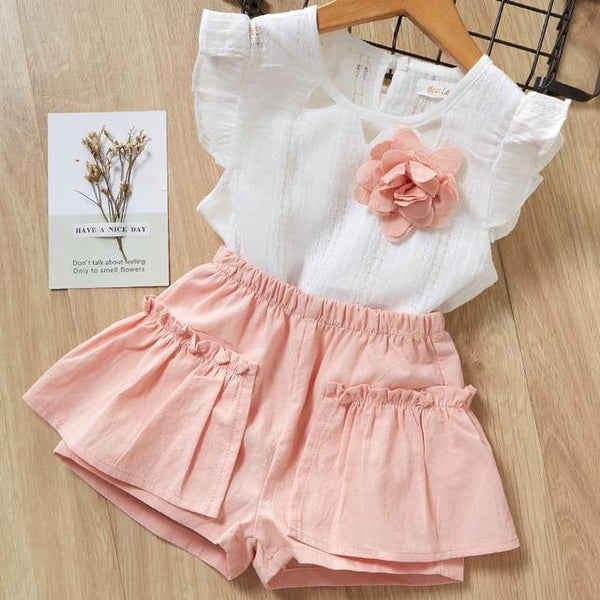Rose Motif & Pocketed Shorts Outfit - tinyjumps