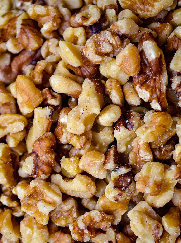 Walnuts: English Light Halves & Pieces RAW - Hillson Nut Company