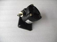 Load image into Gallery viewer, vacuum pump pickup pump 4854862 for daily 4x4 4x2