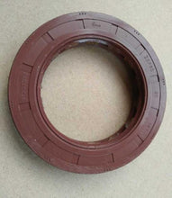 Load image into Gallery viewer, differential oil seal 40102260 for daily 4x4 4x2