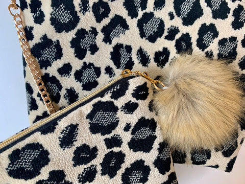 Limited Edition  Velvet Pouch Set - Snow Leopard