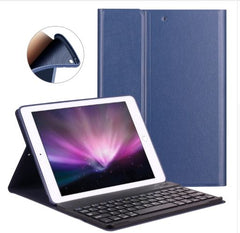 iPad Leather Case with detacheable Bluetooth keyboard