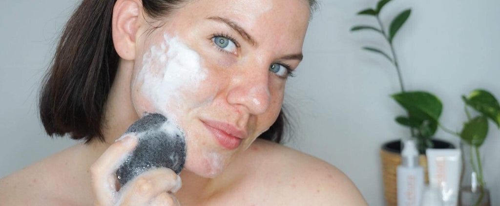 Cleansing with Lekura's Charcoal Jelly Sponge