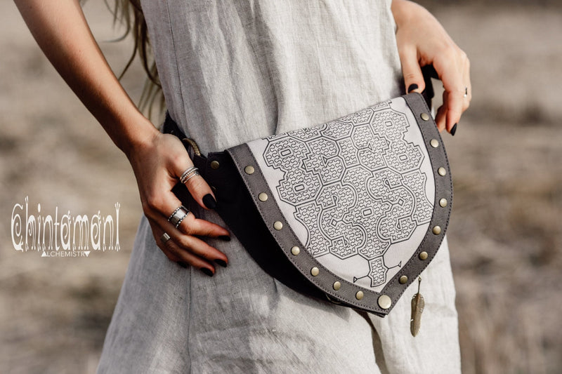 Cotton Canvas Vegan Pocket Belt Waist Bag / Shipibo Print / Grey - ChintamaniAlchemi