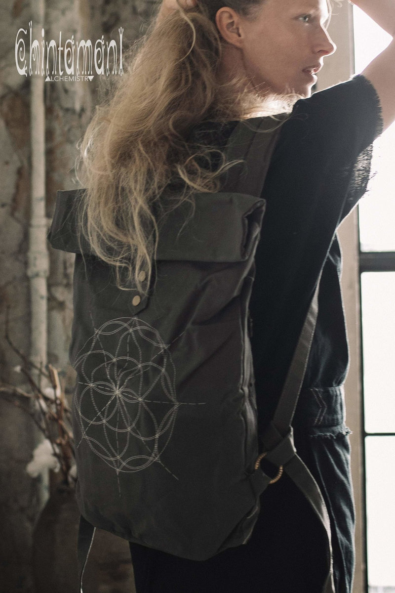 Flower Of Life Huge Rolltop Laptop Backpack / Atua Tino / Dark Grey - ChintamaniAlchemi