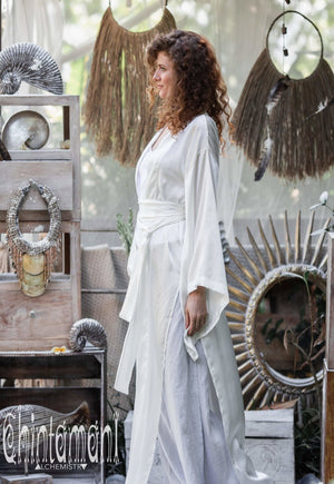 Pure Silk Kimono Cardigan for Woman / Natural Silk Wrap Robe with Belt / White - ChintamaniAlchemi