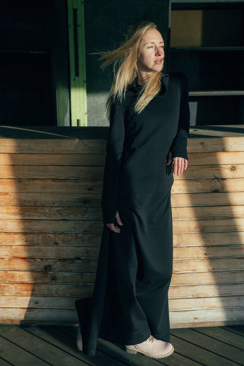 Warm Cotton Long Sweatshirt Dress with Thumb Holes / Black - ChintamaniAlchemi
