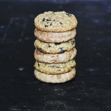 Load image into Gallery viewer, Vegan Snickerdoodle and Oatmeal Raisin Cookies