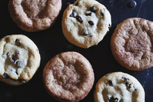Load image into Gallery viewer, Assorted Quarter Pound Vegan Cookies - 6 Pack Snickerdoodle & Chocolate Chip