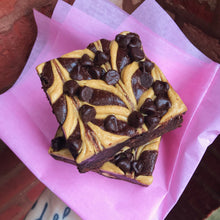 Load image into Gallery viewer, vegan gourmet peanut butter brownies
