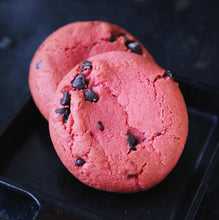 Load image into Gallery viewer, vegan strawberry chocolate chip cookies