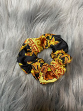 Load image into Gallery viewer, High Class Scrunchies