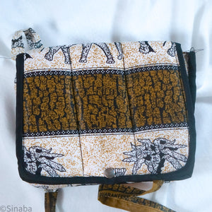 "Cross Body Bags gift with code ""FREE"""
