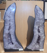 Load image into Gallery viewer, 22 Inch Amethyst Geode Pair