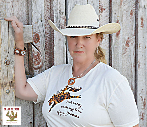 Sunflower bronc tee shirt ROUND NECK