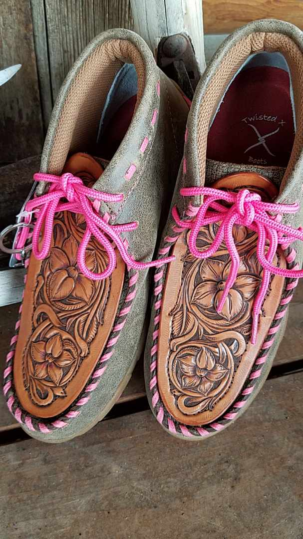 Brown & Pink High-top Twisted X Shoes