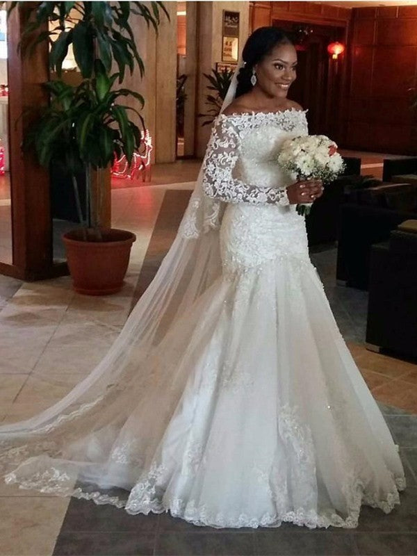 2020 New Arrival Mermaid Off Shoulder Long Sleeves Lace Wedding Dresses