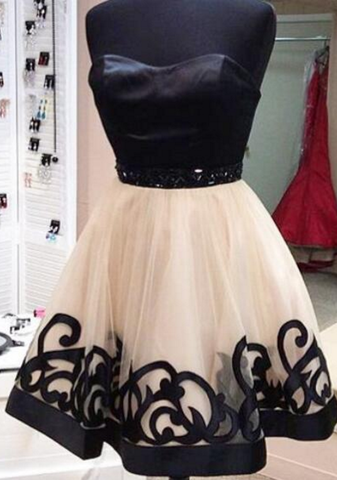 Black Strapless Sweetheart Backless A Line Organza Pleated Homecoming Dresses