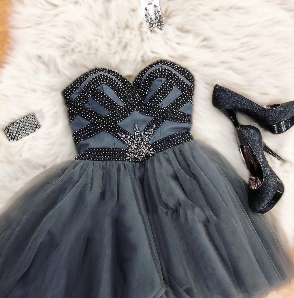 Dark Grey Strapless Sweetheart Beading A Line Tulle Pleated Short Homecoming Dresses