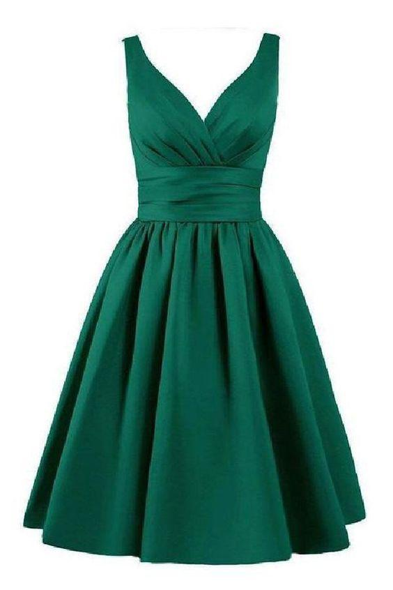 Sleeveless Pleated Hunter Ruched V Neck A Line Satin Elegant Homecoming Dresses