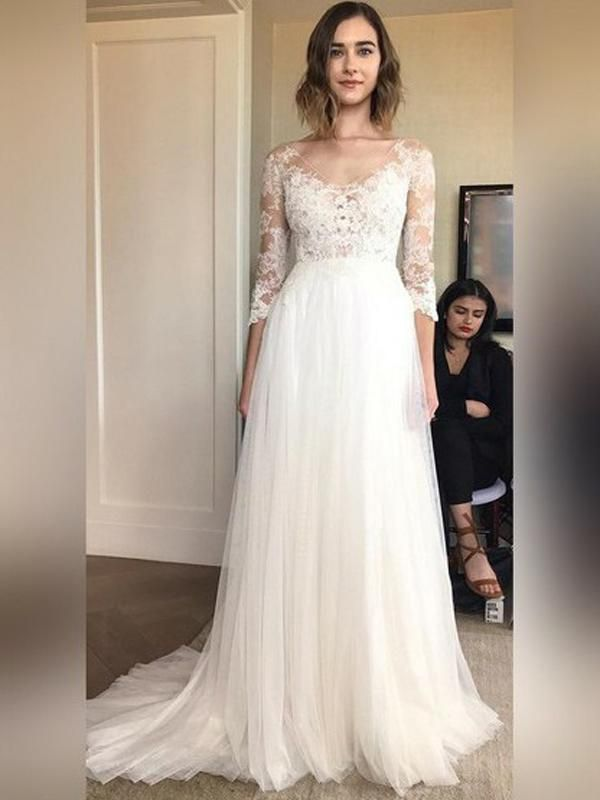 2021 New Arrival A Line Tulle Long Sleeves V Neck Lace Beach Wedding Dresses