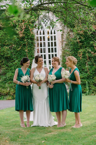 2020 New Arrival A Line V Neck Knee Length Dark Green Short Bridesmaid Dresses / Gowns