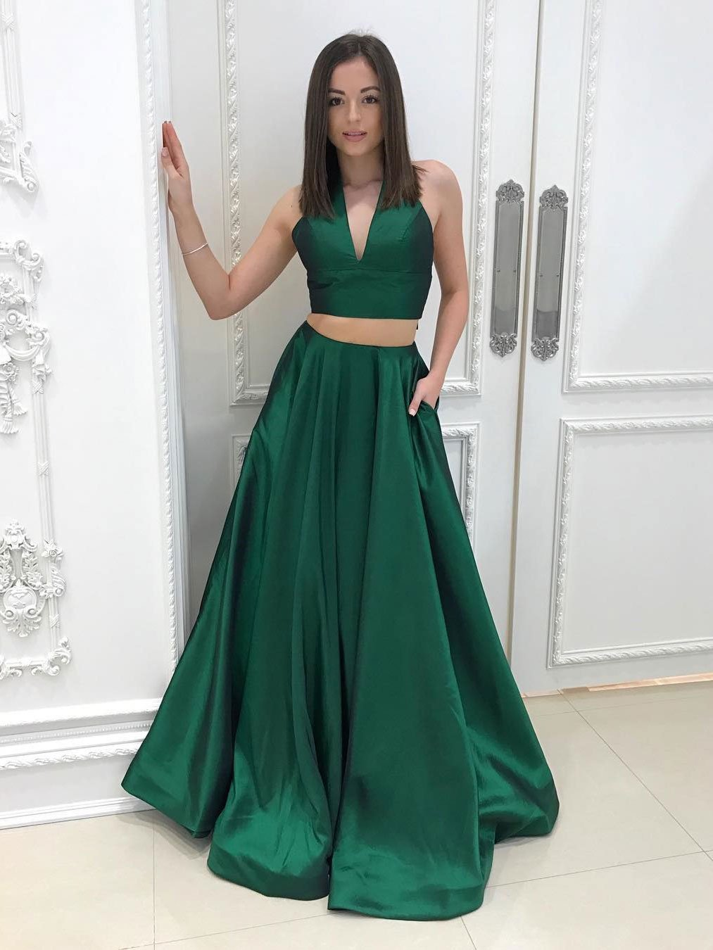 2020 Cheap Princess/A-Line Emerald Satin Two Pieces Prom Dresses