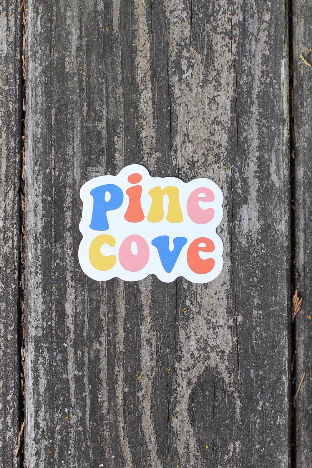 Sticker Groovy Pine Cove