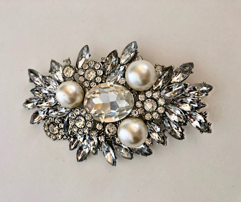 Bellflower - Brooch