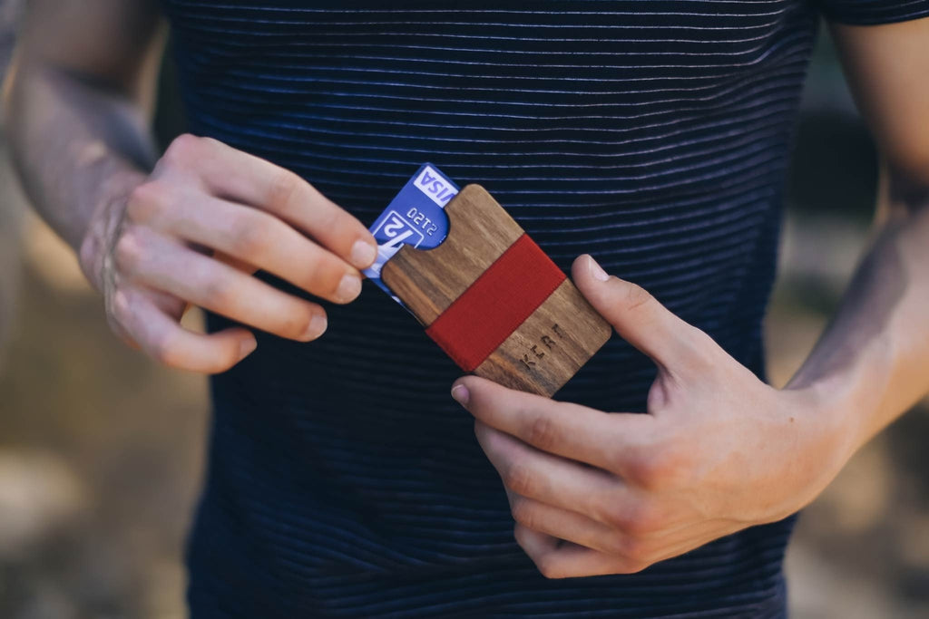 Card wallet - lifestyle