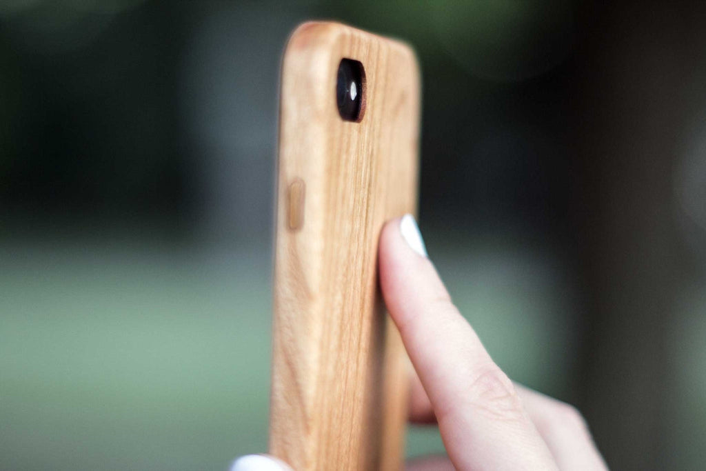 wood iPhone 7 Case - side view - cherry- Lifestyle