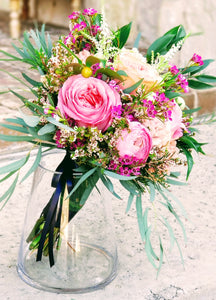 Ribbon-wrapped Hand-tied Bouquet