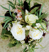 Load image into Gallery viewer, Ribbon-wrapped Hand-tied Bouquet