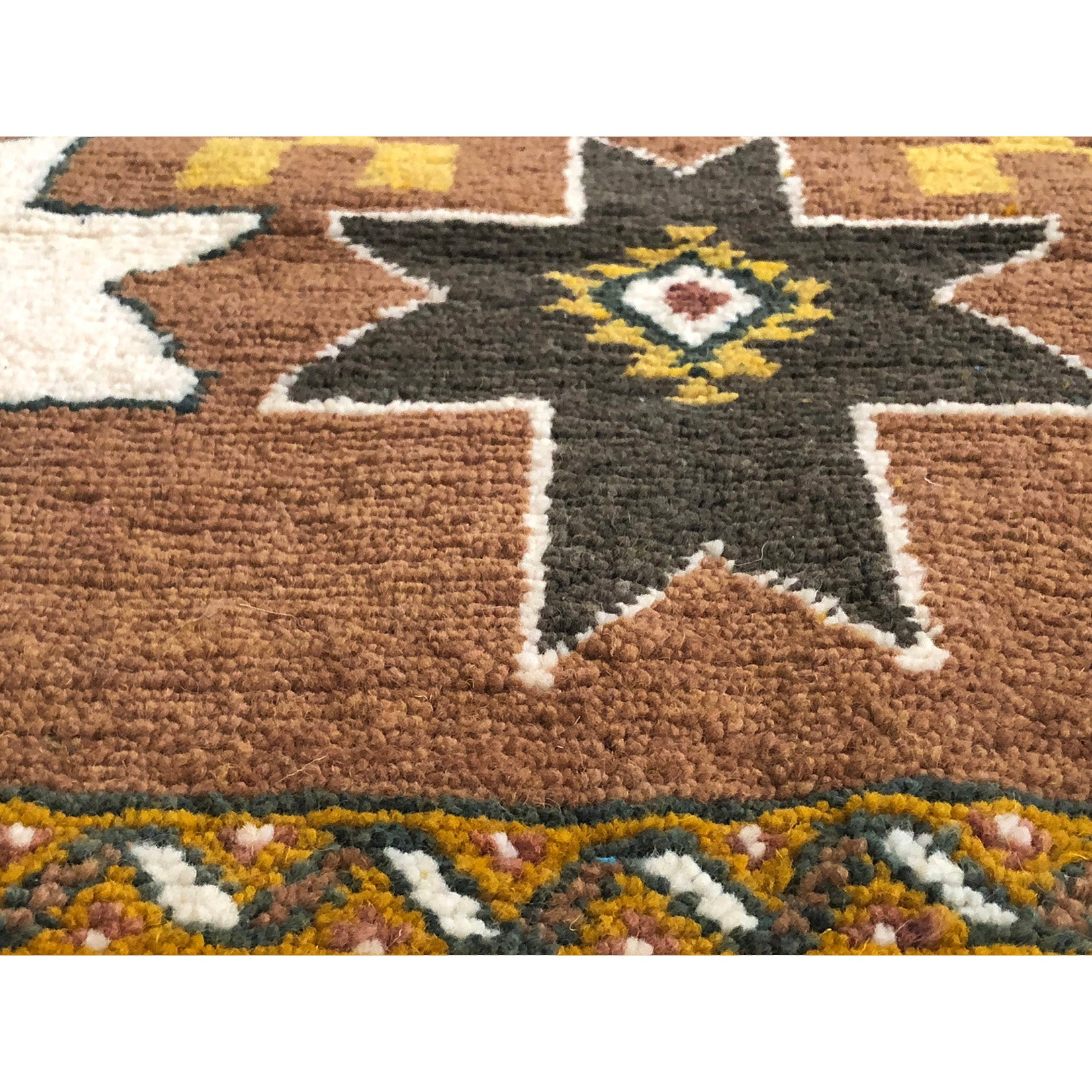 Modern interior brown berber carpet  - Kantara | Moroccan Rugs