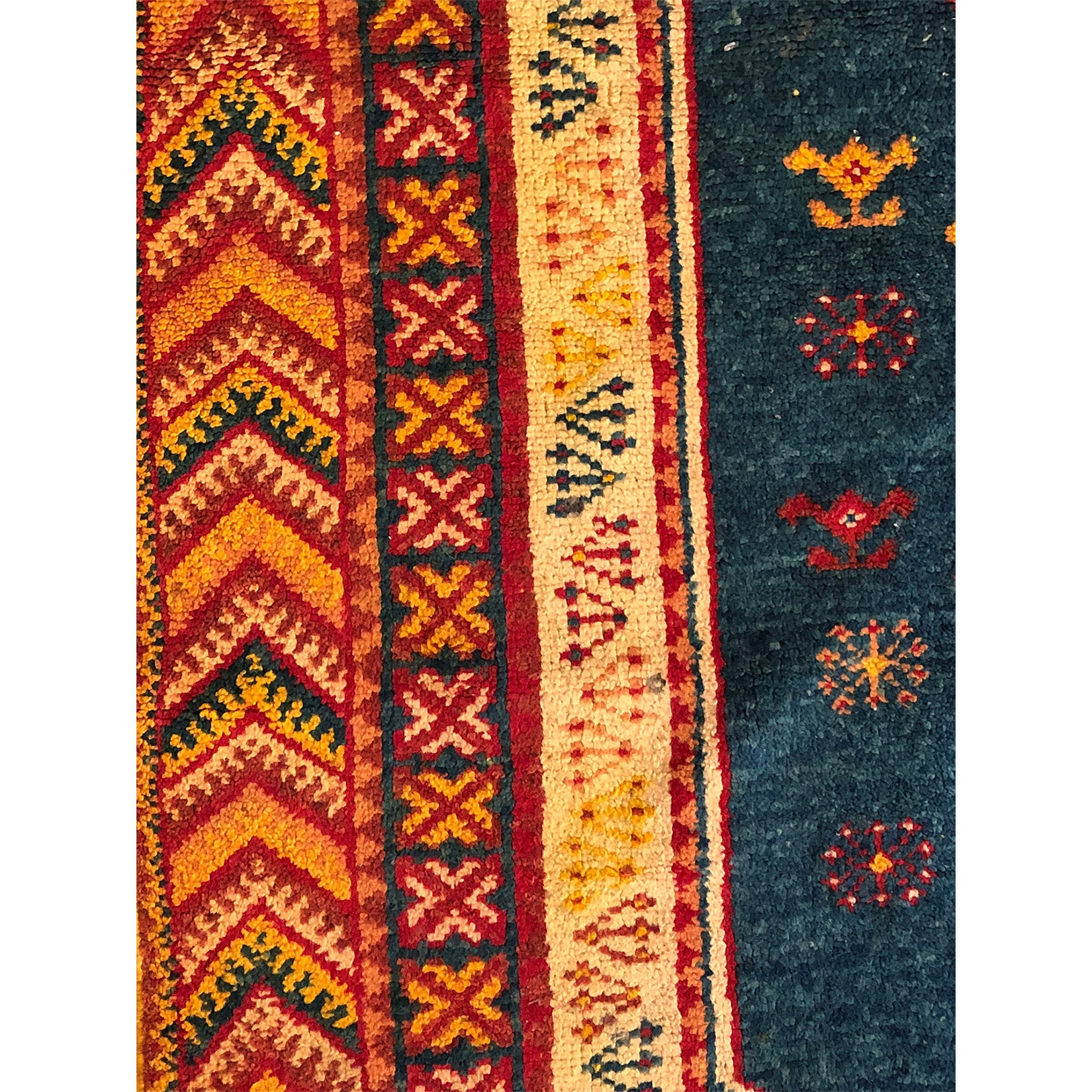 Red bohemian low pile berber carpet - Kantara | Moroccan Rugs