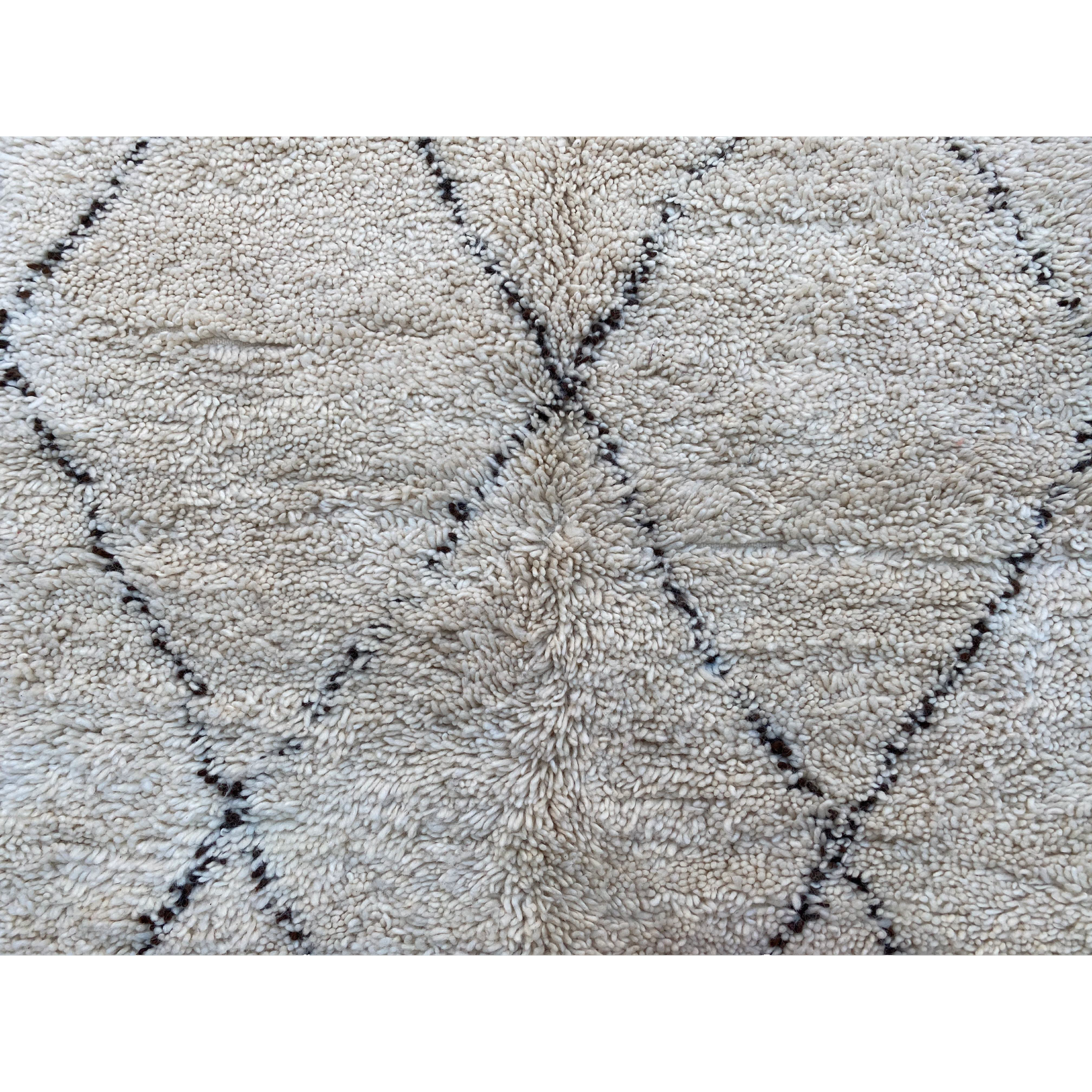 Plush white berber carpet with geometric pattern design - Kantara | Moroccan Rugs