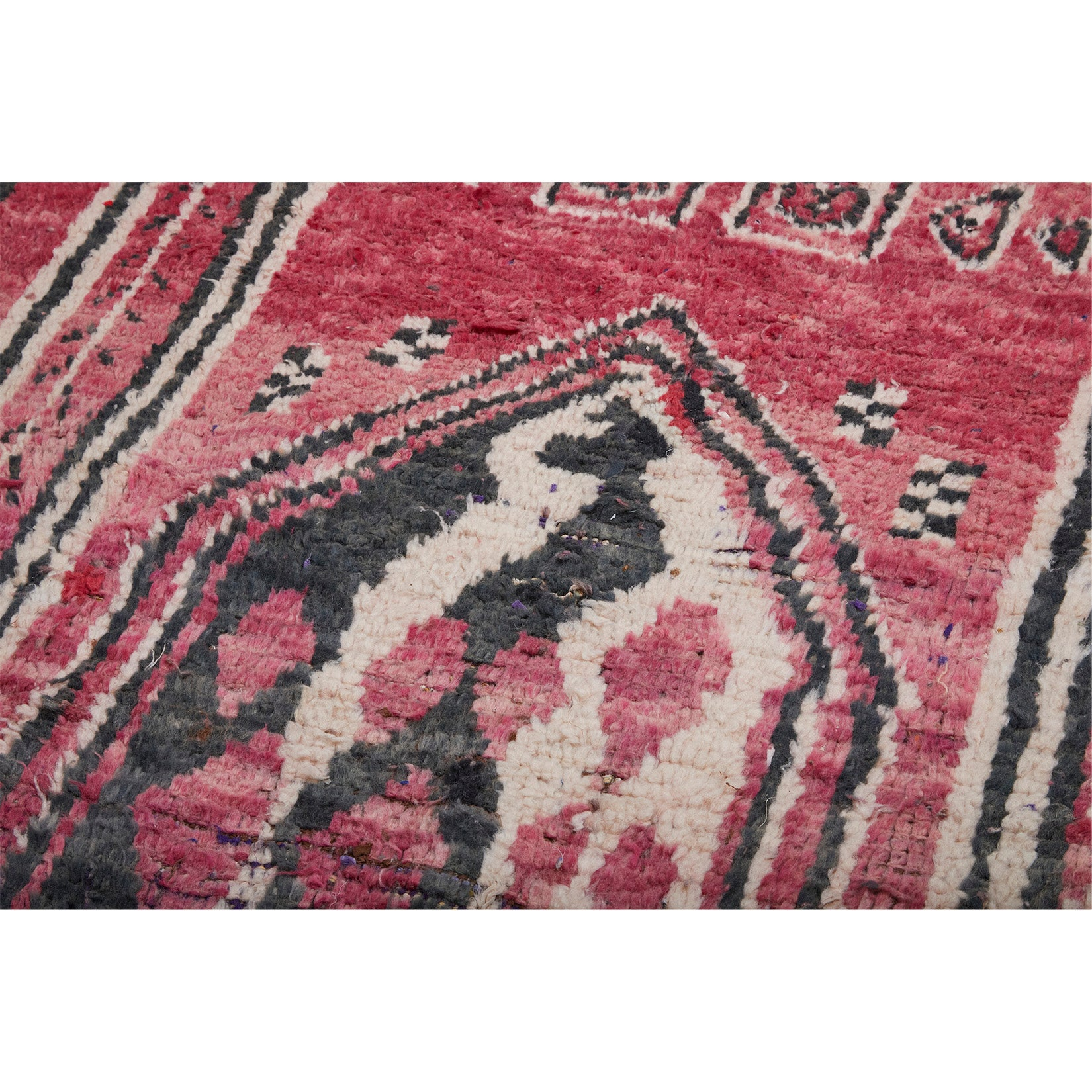 Red vintage Moroccan rug with black and white details - Kantara | Moroccan Rugs