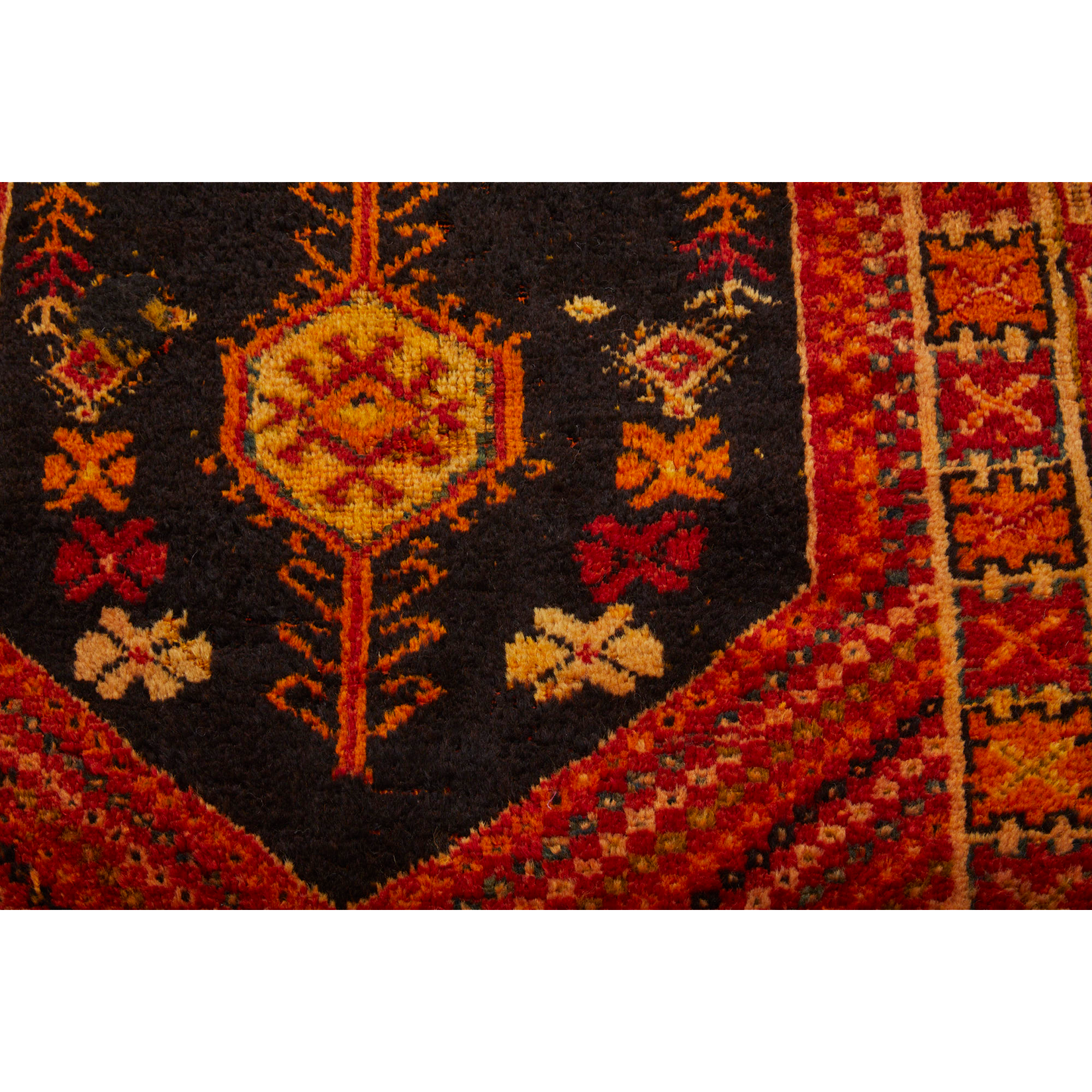 NASRIN - Traditional hand knotted Moroccan rug