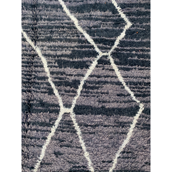 Dark grey Beni Ourain with abstract geometric pattern - Kantara | Moroccan Rugs