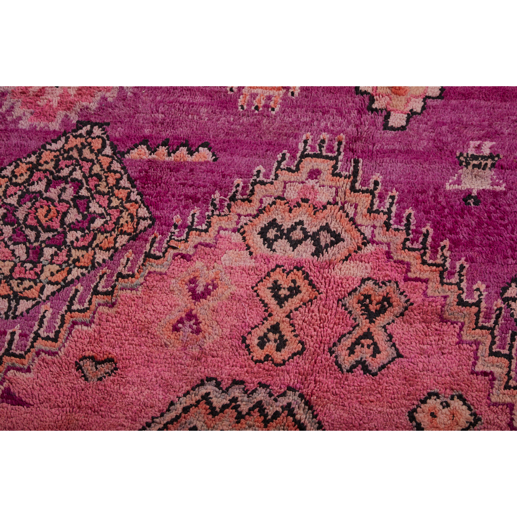 Geometric Moroccan area rug with diamond pattern Kantara | Moroccan Rugs