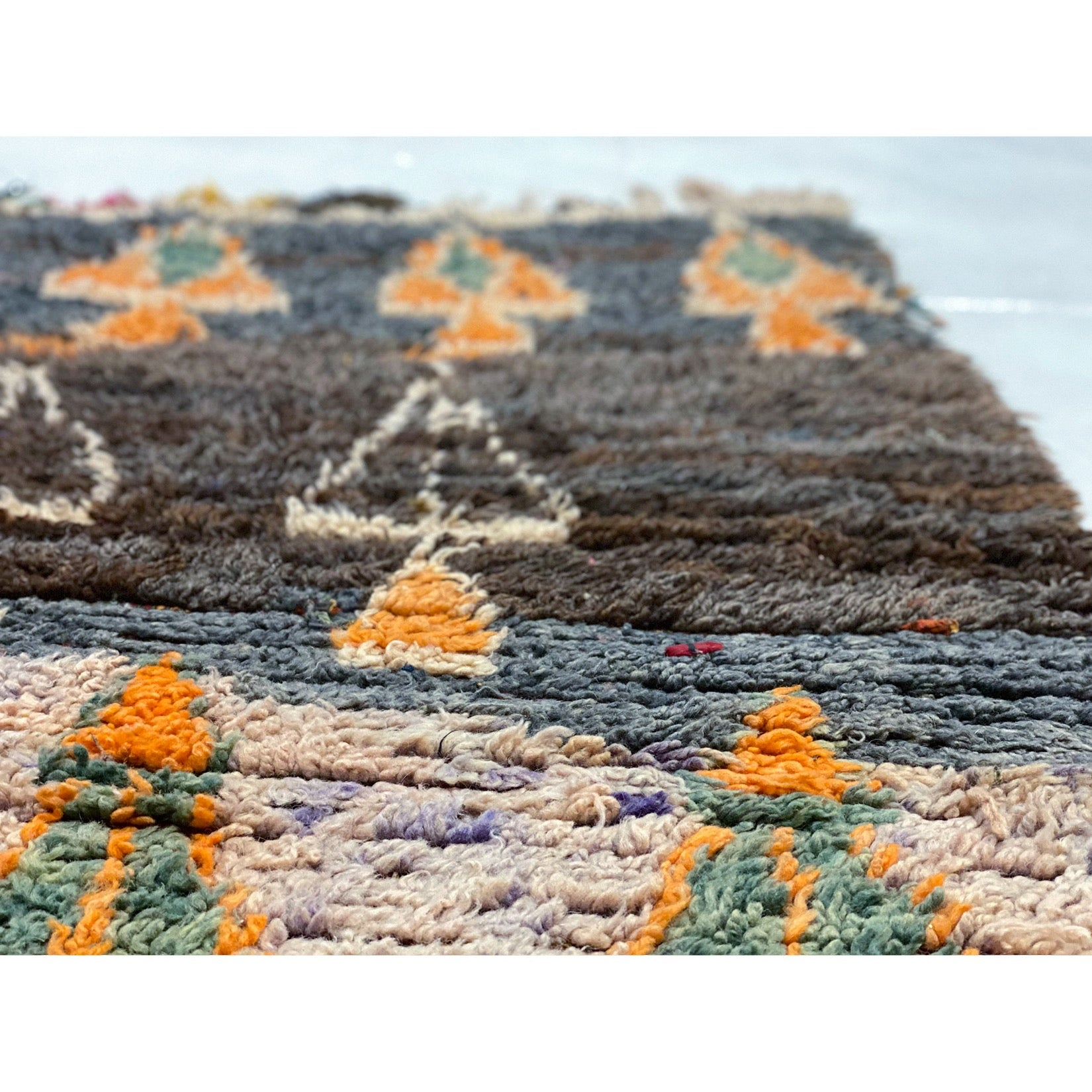 Authentic Moroccan boucherouite rag rug with geometric design - Kantara | Moroccan Rugs