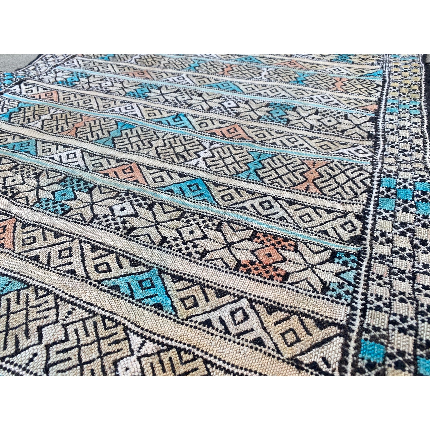 Authentic Moroccan berber flatweave runner with colorful details - Kantara | Moroccan Rugs