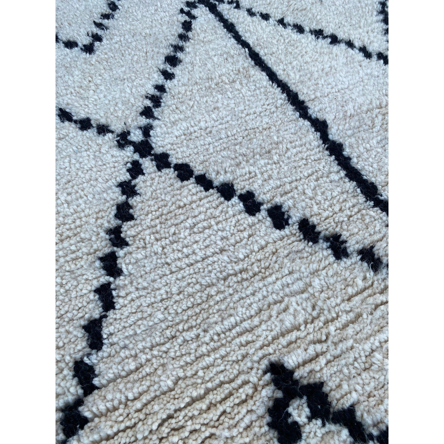 White and black geometric Beni Ourain inspired Moroccan rug - Kantara | Moroccan Rugs