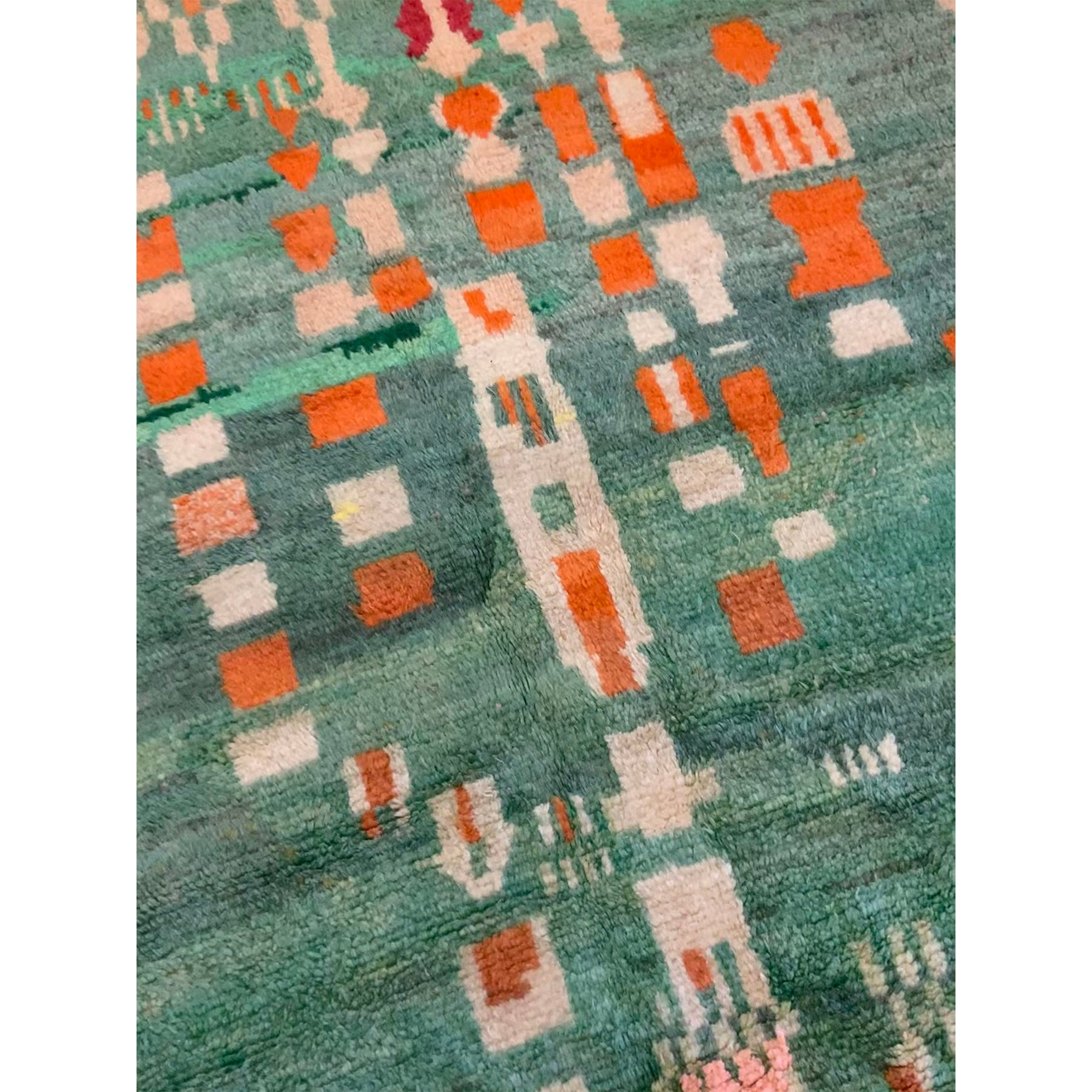 Vintage green Moroccan berber carpet with abstract pattern - Kantara | Moroccan Rugs