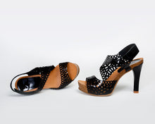 Load image into Gallery viewer, Daisy Cutouts - 4 Colors - European Heels