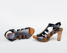 Load image into Gallery viewer, Slits Black Metallic - European Heels