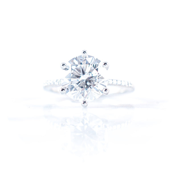 The Solitaire • 1,00ct Diamond